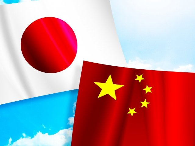 中国海軍の空母「遼寧」と最新鋭駆逐艦が沖縄と宮古島の間を昨春以来初の通過をするも、記事にしない朝日新聞と毎日新聞